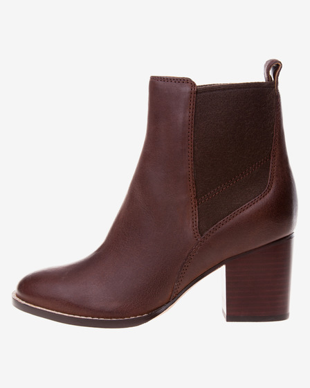 Clarks Othea Ruby Ghete pe gleznă